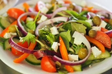 greek salad, recipe, bowl